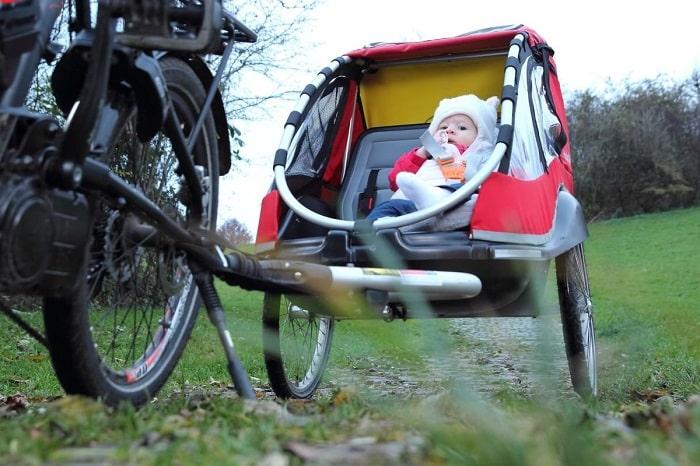 porte bébé vélo ou remorque à vélo